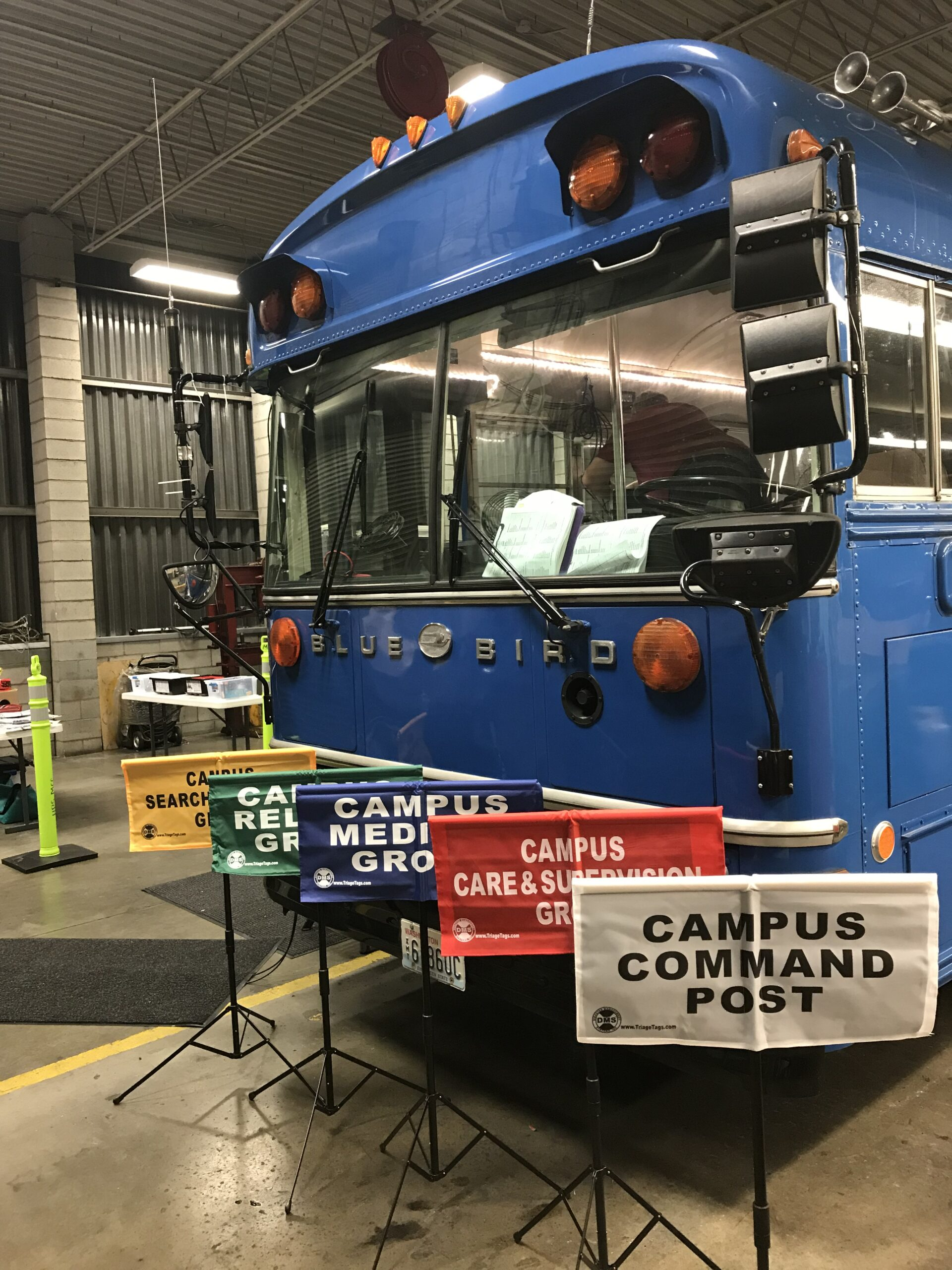 Ham radio inspired Mark Finstrom to transform an 85-passenger bus into a fully loaded mobile emergency ops center.